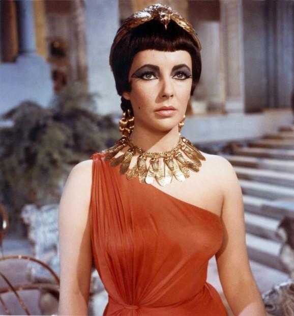 Elizabeth Taylor Cleopatra 1963 movie cleopatra costume