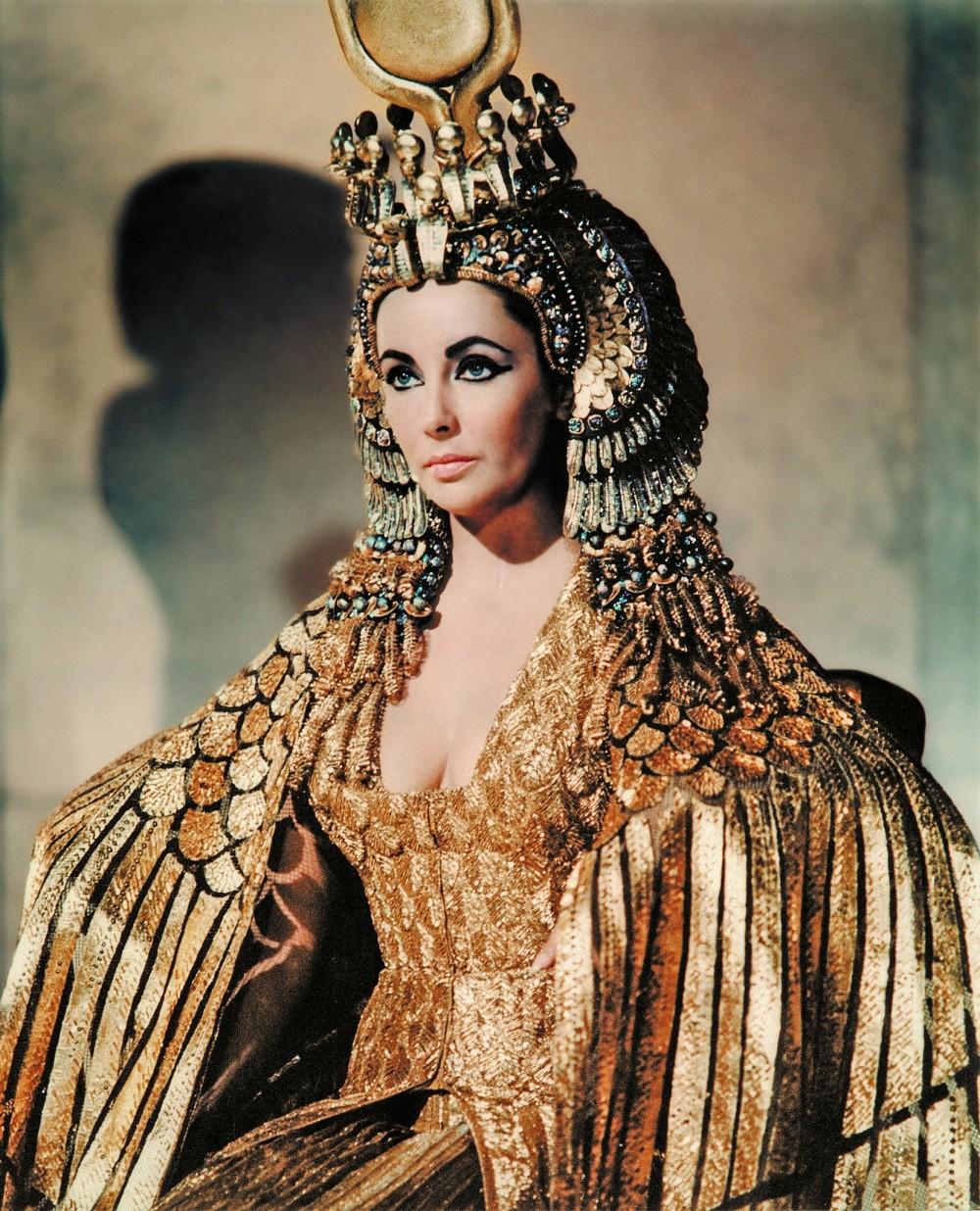 elizabeth taylor cleopatra costume