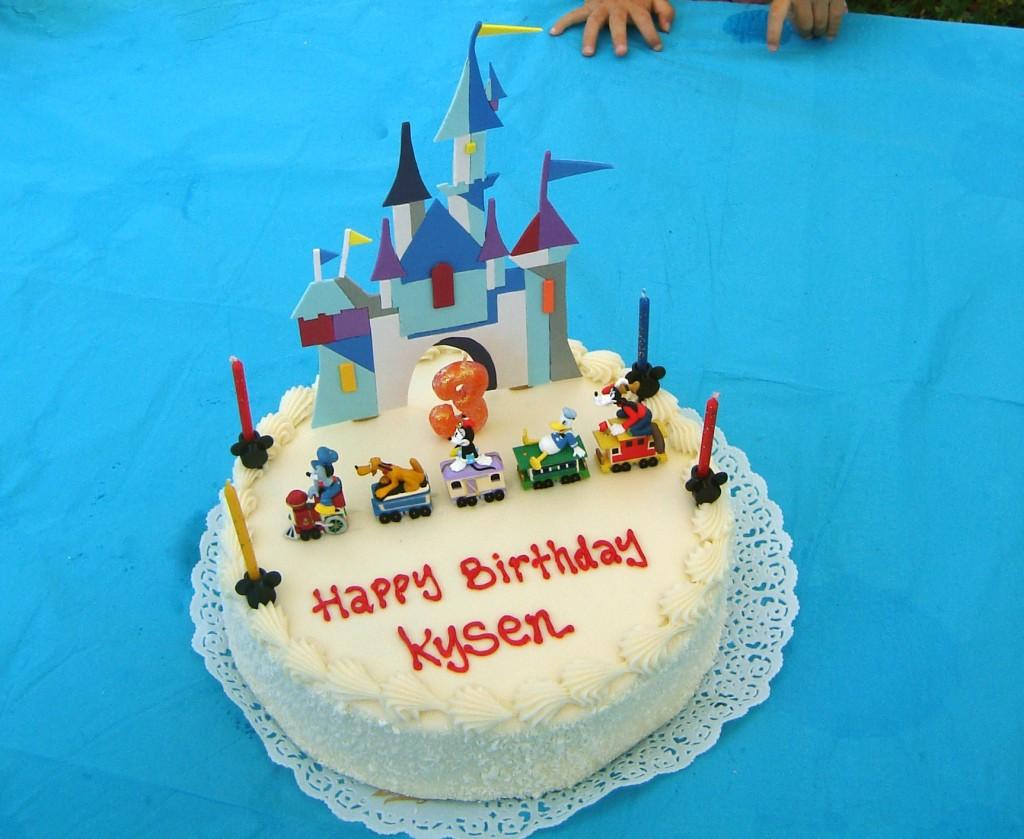 Diy Disneyland Castle Cake Topper Hello Nutritarian