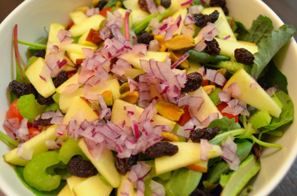Eat to Live Salad - What I Ate for Dinner on Day 7 of Dr. Fuhrman's Plan // MyMommaToldMe.com