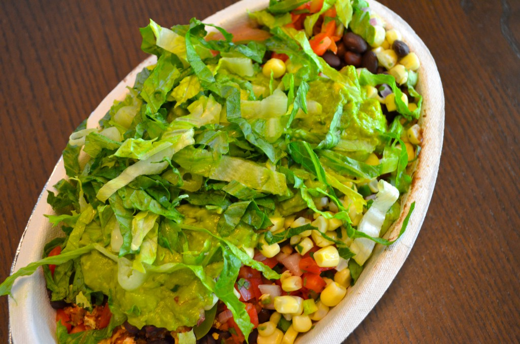 What to order from Chipotle when you're on the EAT TO LIVE Diet // MyMommaToldMe.com