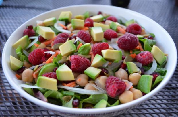 Dinner salad GBOMS Dr Fuhrman Eat to Live Nutritarian Plan MyMommaToldMe.com