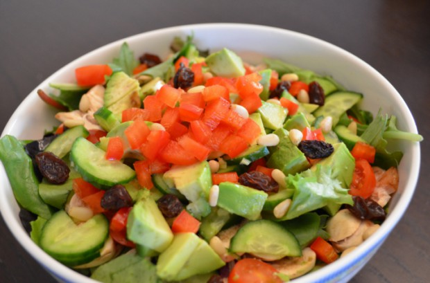 Dinner salad what to eat on day 23 of Dr Fuhrmans eat to live plan MyMommaToldMe.com