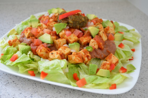 Mexican salad Eat to Live Nutritarian salad MyMommaToldMe.com