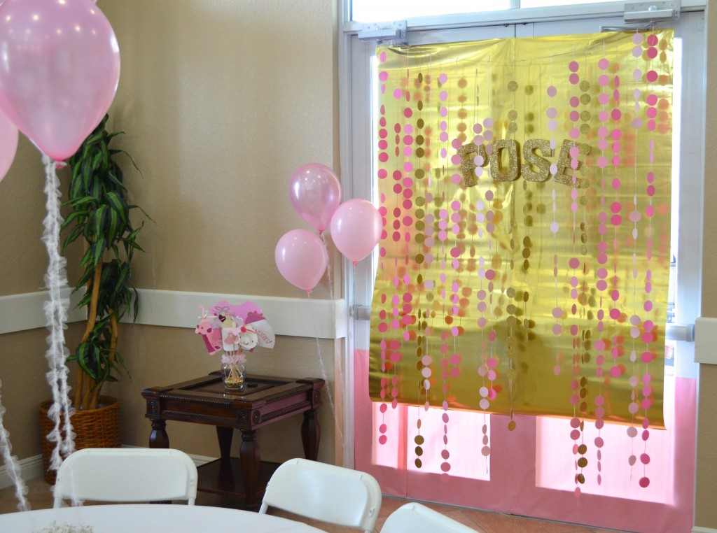diy baby shower photo booth photo backdrop
