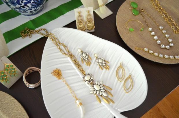 Palm leaf Stella and Dot jewelry display MyMommaToldMe.com