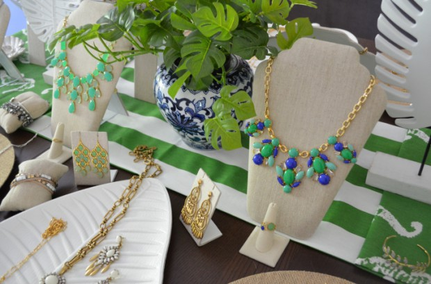 Summer stella and dot trunk show blue and green muses MyMommaToldMe.com