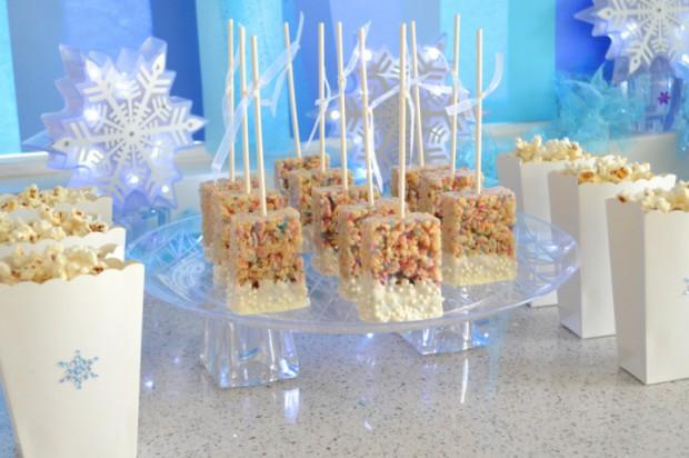 Easy to make Frozen Birthday Party food snacks recipes MyMommaTolMe.com