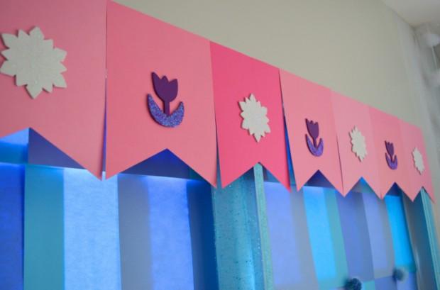 Frozen Party Backdrop MyMommaToldMe.com