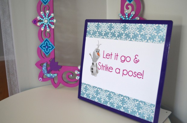 Frozen Party photo booth prop frame and strike a pose olaf sign MyMommaToldMe.com
