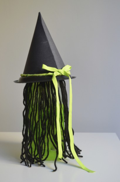 Back of milk jug witch halloween lantern craft MyMommaToldMe.com