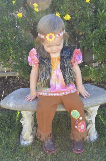 Hippie Girl Halloween Costume.Hippie Girl Halloween Costume