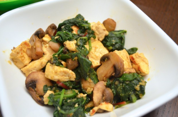 What to eat on Dr Fuhrmans Eat to Live Nutritarian Plan tofu stir fry
