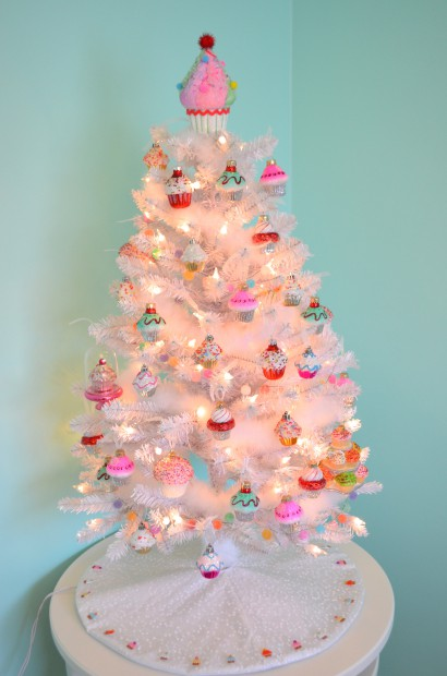 Candy Themed Christmas Decorations.Cupcake Themed Christmas Tree Hello Nutritarian