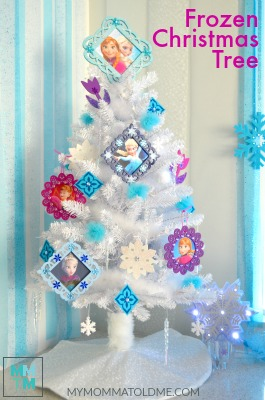 Frozen Christmas Tree BUTTON
