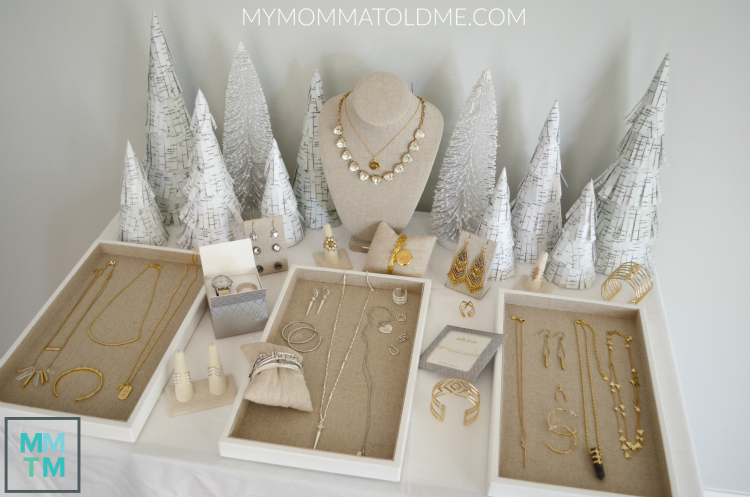 Stella & Dot Pop up shop Winter Christmas Stella & Dot Display ideas tips and tricks