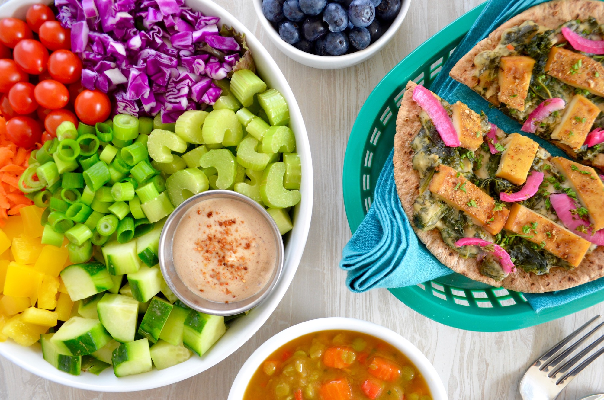 Nutritarian Power Prep Program Week 1 Flatbread meal tablescape