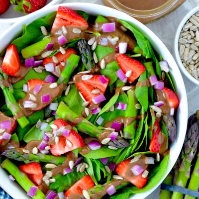 Strawberry Spinach Asparagus Salad with Oil Free Balsamic Vinaigrette Dressing Recipe by Hello Nutritarian Vegan Whole30 Whole Food Plant Based Dr Fuhrman Eat to Live diet plan 6 week